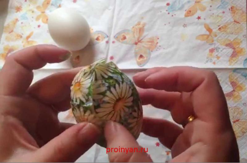 яйца крашенные декупаж фото